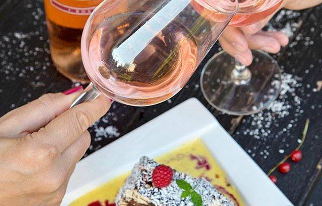 Live-uri gourmet cu Diva în bucătărie și vinurile SERVE