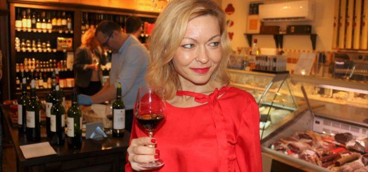 Trending News of the Week: masterclass Caviar Neuvic, degustare Dourthe, evaluare Vinul.Ro, FoodBloggers 19