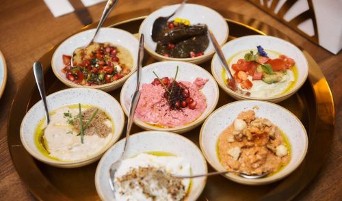 Souk, un libanez ancorat în actualitatea gastronomică, unde tradiția se îmbină cu influențele moderne