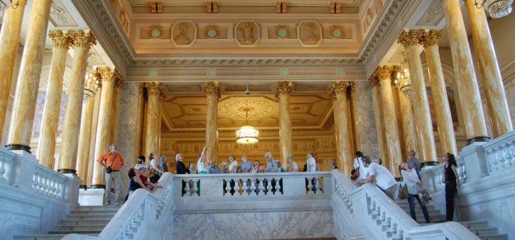 Studiu Art Lab Research: 1 român din 3 vizitează muzee/galerii de artă sau participă la evenimente de profil. Topul celor mai frumoase muzee