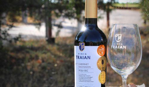 Cabernet Sauvignon 2017, Vinia Traian – expresiv, catifelat, elegant – bun raport calitate/preţ pe palierul său