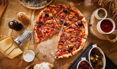 """Antica Pizza vine cu """"Ricetta della Felicità"""". O nouă pizzerie artizanală şi băcănie, cu savori italiene autentice şi sortimente inedite"""