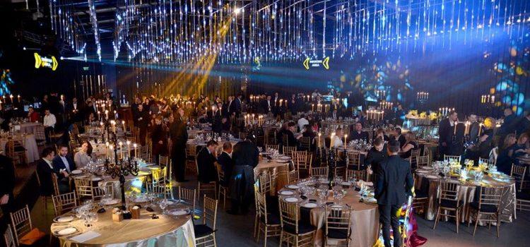 Premiile Food and Bar.  Despre oameni mari şi respect. Despre bun simţ şi simţul măsurii. Despre eforturi supraomeneşti şi ambiţie.