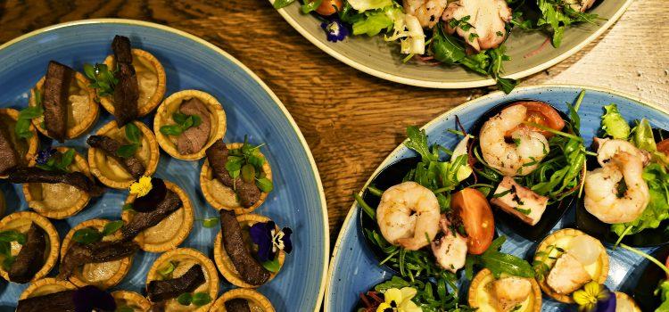 Cool și versatil – Noa RestoClub îmbină mâncarea bună cu distracția și socializarea
