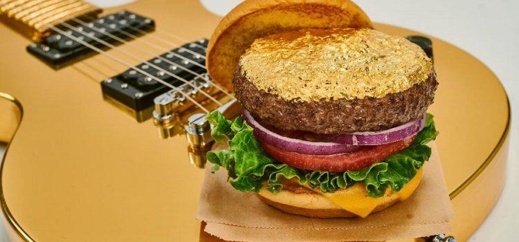 20 de preparate noi, printre care și primul Steak Burger cu aur în meniul Hard Rock Cafe